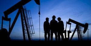 Нефтетрейдеры добились отмены штрафов АМКУ