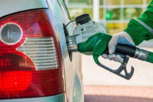Рост курса валют спровоцировал увеличения цен на нефтепродукты