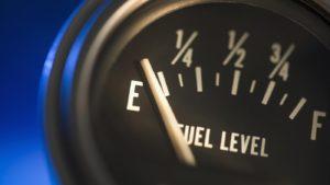 НАУ против создания минимальных запасов топлива за счет бизнеса