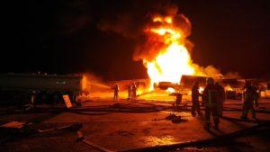 У Києві горіли цистерни з паливом
