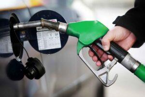 Максимальні роздрібні ціни на бензин та ДП у наступні 10 днів зростуть на 80 та 32 коп./л